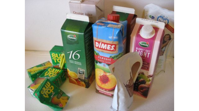 Tetra-pak can be emptied and compacted with compactor