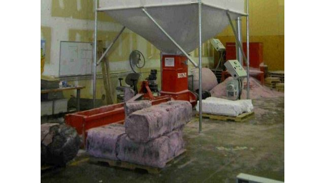 Pink XPS Foam Compacted in Silo Solution